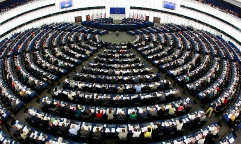COVID-19: Парламентът одобрява решаващи мерки в подкрепа на ЕС