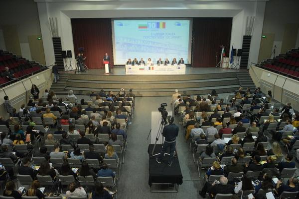 Ползите за България и Румъния от членството в ЕС са далеч отвъд числата