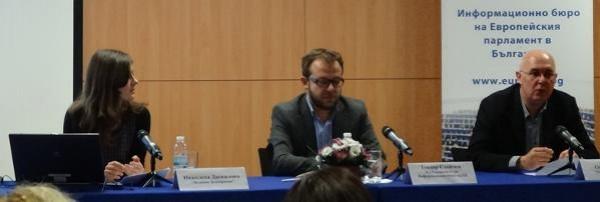 С 20% се е повишил интересът на българските медии към теми, свързани с Европейския парламент през 2013 г.