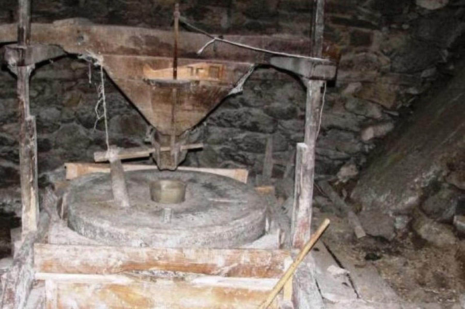 Гърнатска воденица