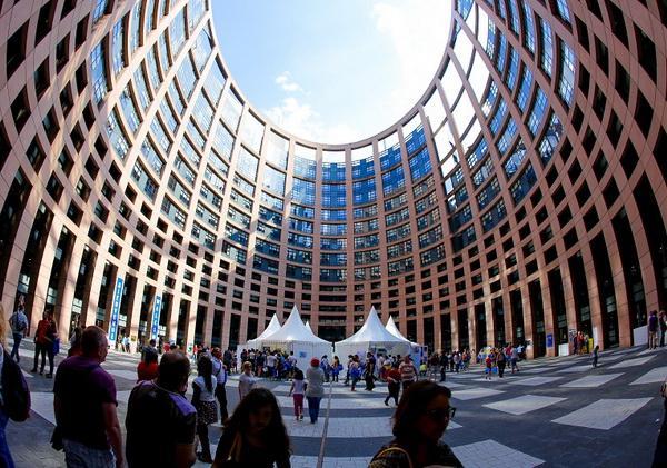 """Антонио Таяни: """"До 2025 г. броят на туристите, които идват в Европа, може да се удвои до 1 милиард."""""""
