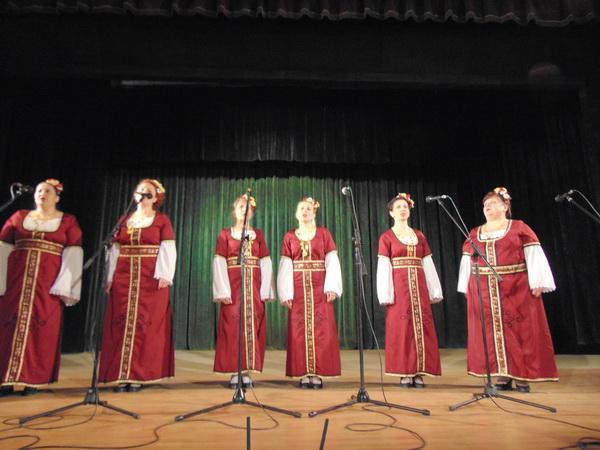"Празничен концерт в читалище  ""Кирил Маджаров-1866"" - Смолян"