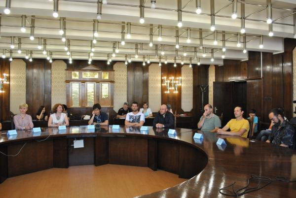 Пресконференция с участниците в Заседателна зала на Община Русе