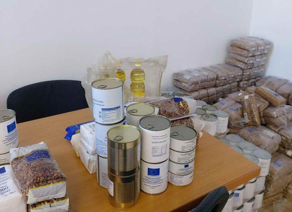 В Община Доспат започна раздаването на хранителните продукти на БЧК