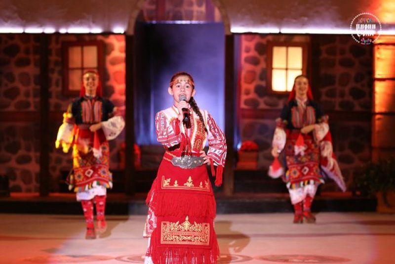 Виктория Хаджиева
