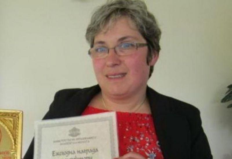 Началникът на РУО-Смолян Мария Семерджиева поздрави образователната гилдия по случай 24 Май