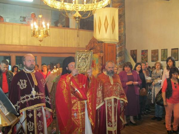 "Троен празник в Смолян- Гергьовден, Неделя на Самарянката и 160 години на храм ""Св. Георги Победоносец"""