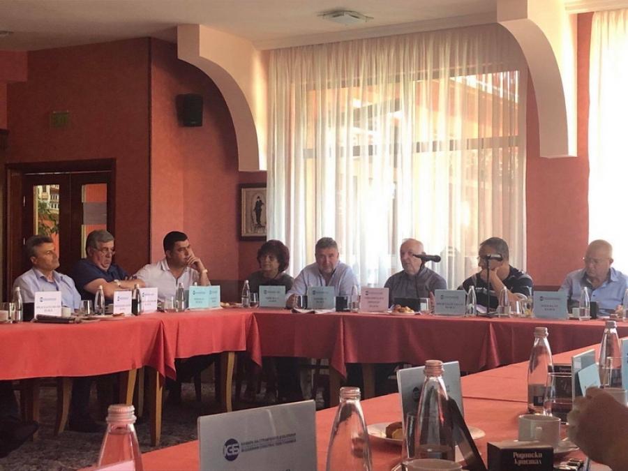 Областното представителство на Камара на строителите в Смолян бе домакин на изнесено заседание на Управителния и Контролния съвет на браншовата организация