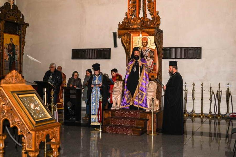 """""""Пресвета Богородица е Покров за света, по-широк от всичките облаци на небето"""""""