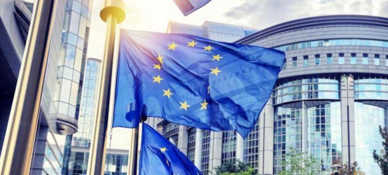 Евродепутатите призовават Комисията да засили действията срещу опасни химикали