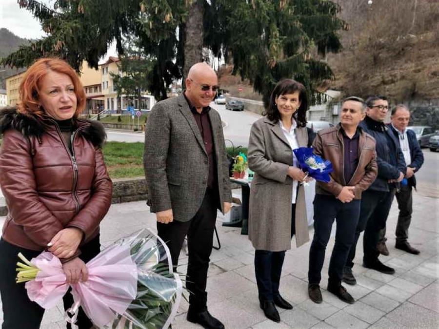 Д-р Даниела Дариткова в Мадан: Време е да поемаме нови ангажименти, защото предишните са изпълнени