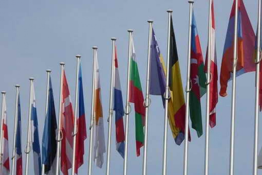 Проучване на Евробарометър: гражданите продължават да са с положителни нагласи спрямо ЕС, но искат реформи