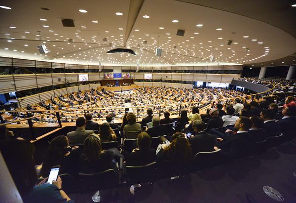 """""""Жена на война"""" печели филмовата награда """"ЛУКС"""" на Европейския парламент за 2018 г."""