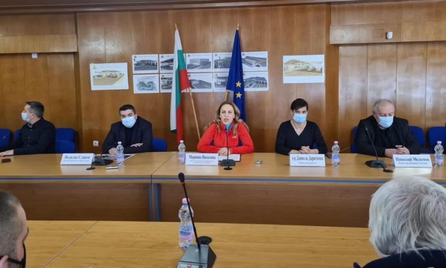 Туристическият бизнес в Смолян поиска от вицепремиера Марияна Николова подкрепа в политиката за подготовка на кадри за сектора