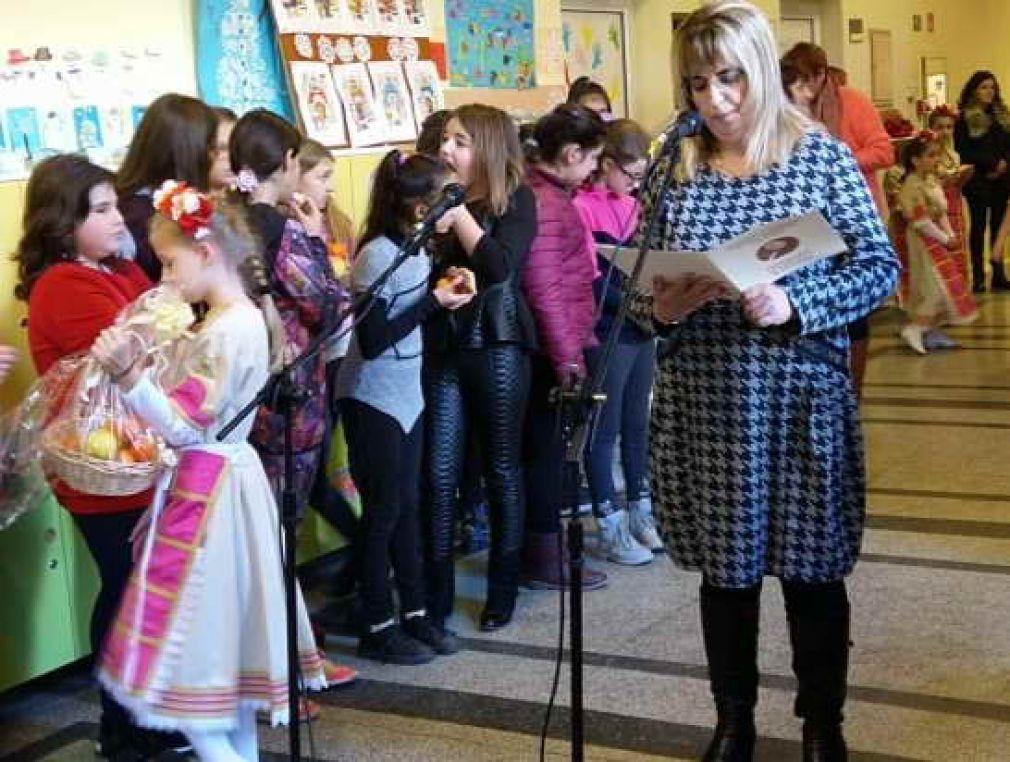 "Две благотворителни инициативи проведоха в ІV ОУ ""Стою Шишков"" - Смолян"
