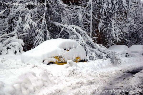 Валежите продължават и утре - 8 март, снежната покривка ще се увеличи с още 20-30 см