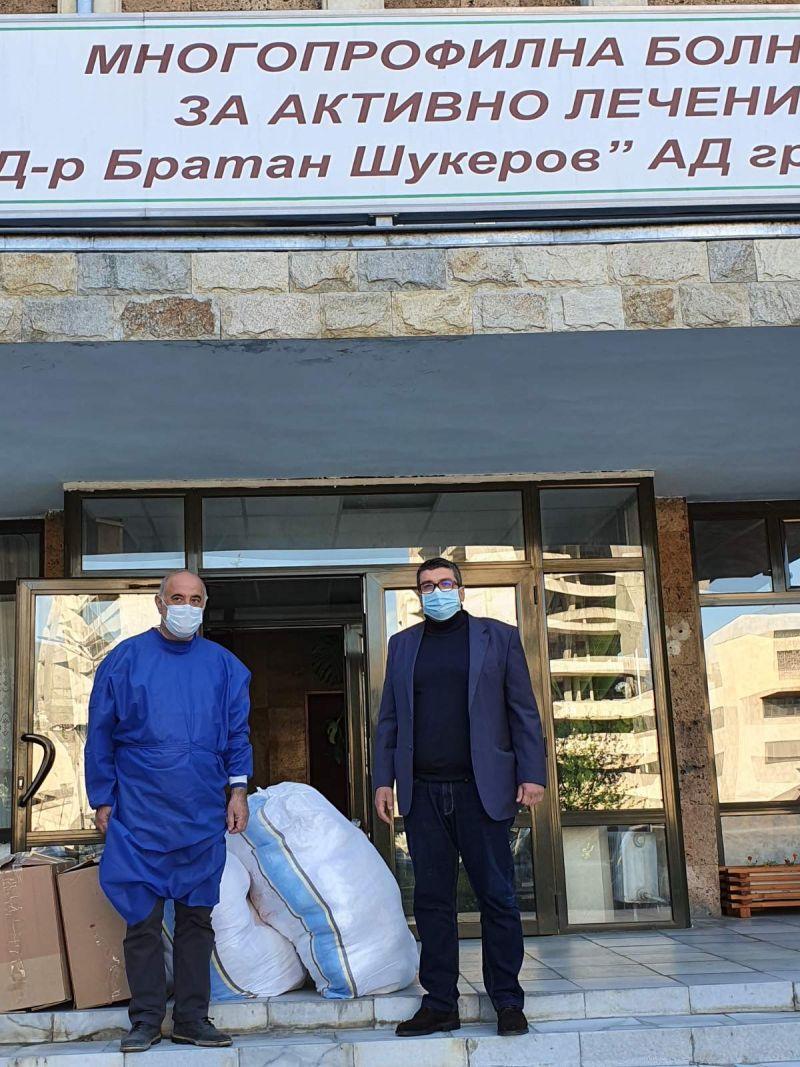 """Със съдействието на областния управител Недялко Славов,  """"Белотекс-95"""" АД-гр. Златоград дари предпазни средства на болничните заведения в област Смолян"""