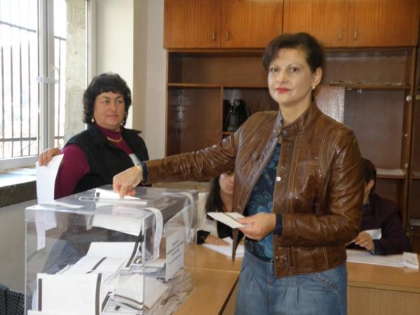 Депутатът д-р Даниела Дариткова: Гласувах за доказано добрият стопанин на Смолян