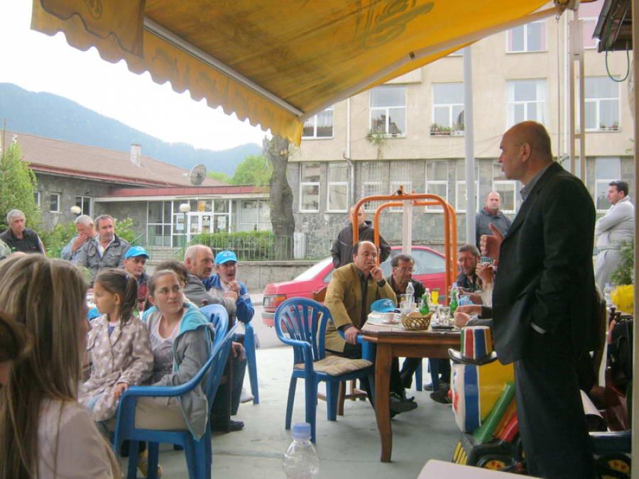 Д-р Фиданов към жителите на смолянския кв. Невястата: Имате уникалната възможност квартала да си има депутат