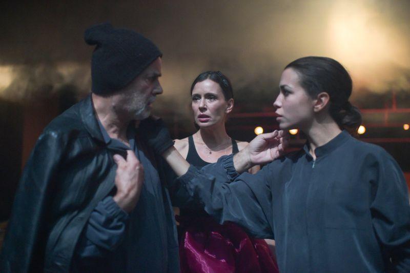"""Спектакълът """"Дванайсета нощ… или как желаем?"""" на Родопския драматичен театър е селектиран за осмото издание на БИТОЛА ШЕКСПИР ФЕСТИВАЛ – 2021 г."""