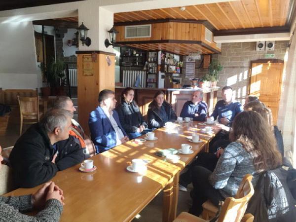 Депутатът на ДПСХайри Садъков проведе срещи и с жителите на Ардинското корито