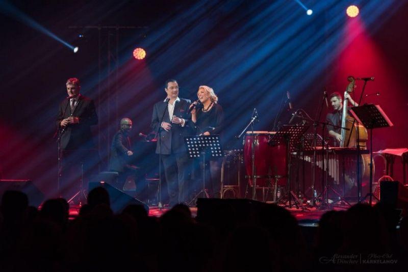С концерт на Васил Петров, Хилда Казасян и Теодосий Спасов фондация събира дарения за финансово мотивиране на младите медици да останат в България