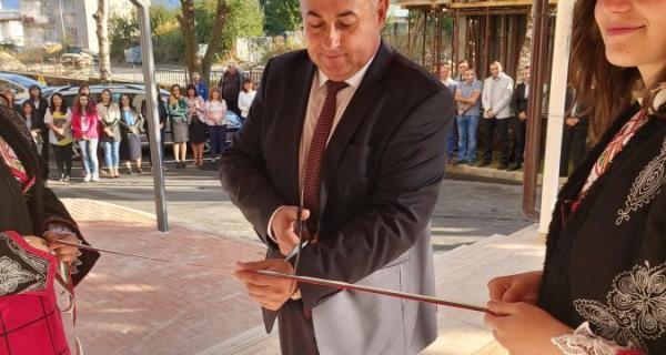 Кметът на Община Доспат откри официално новата административна сграда на Общината