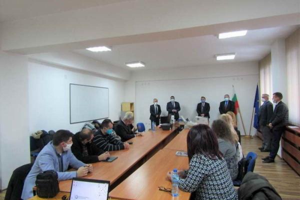 С първото си заседание днес РИК-Смолян започна своята същинска работа за предстоящите парламентарни избори на 04 април 2021 година