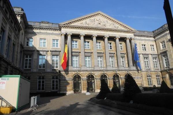 Интернет търсачките и клауд фирмите във фокуса на Парламента