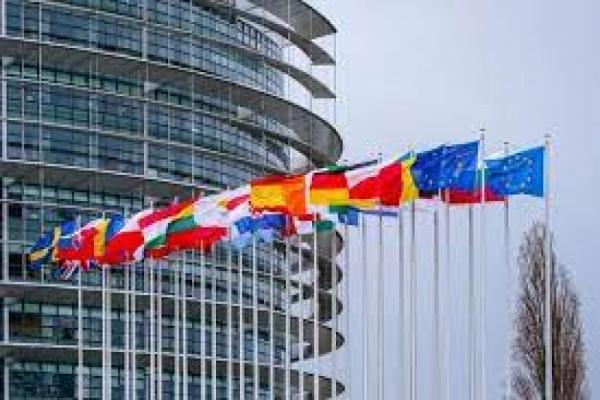 Европейският парламент приема временни правила за борба със сексуалното насилие над деца онлайн