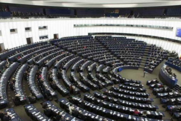 Брекзит: евродепутатите все още подкрепят споразумение, но приветстват подготовката, в случай че такова не бъде постигнато