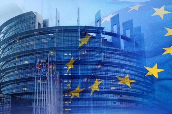 Европа се подготвя за лятото: практични съвети за безопасно пътуване