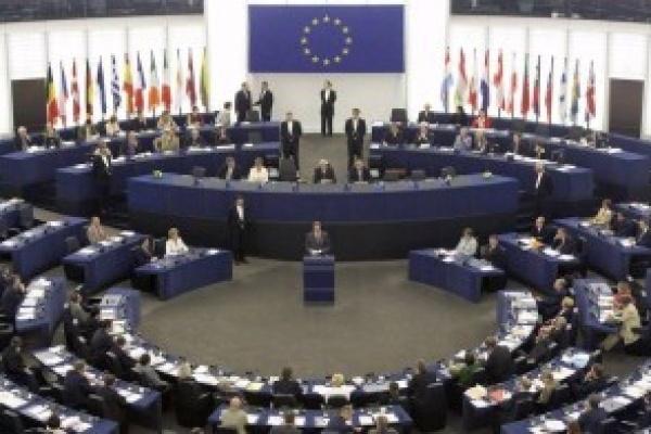 Държавите членки на ЕС трябва да зачитат правото на свободно движение