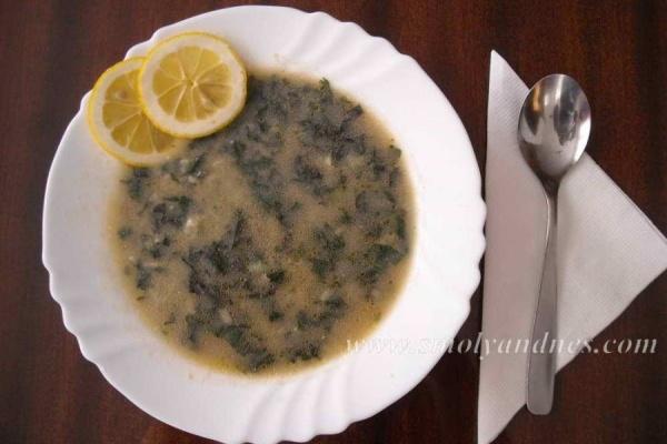 """""""Желязна"""" супа от коприва"""