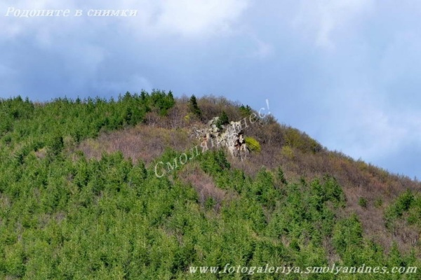 Легенда разказва за несметно богатство под скали в Родопите