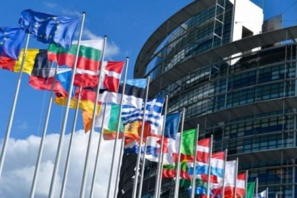 Европейските граждани искат повече правомощия за ЕС за справяне с кризи като COVID-19