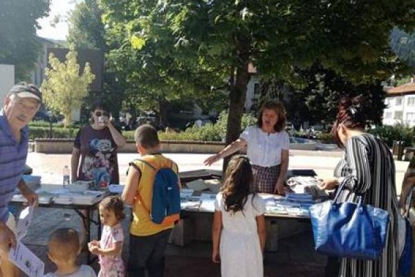 """Десетки граждани се включиха в информационната кампания """"Европа на резултатите"""""""