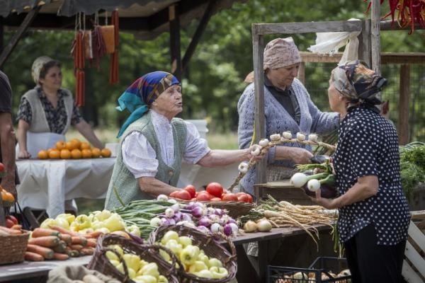 ЕП призовава да се подпомогнат селскостопанските производители