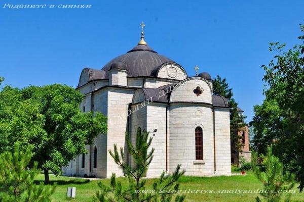 Храм Успение Богородично - село Узунджово